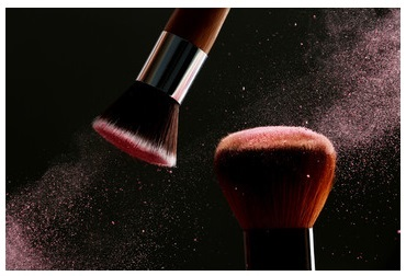 Ferro and Simon & Werner - Distribution Partnership for Cosmetic Pigments